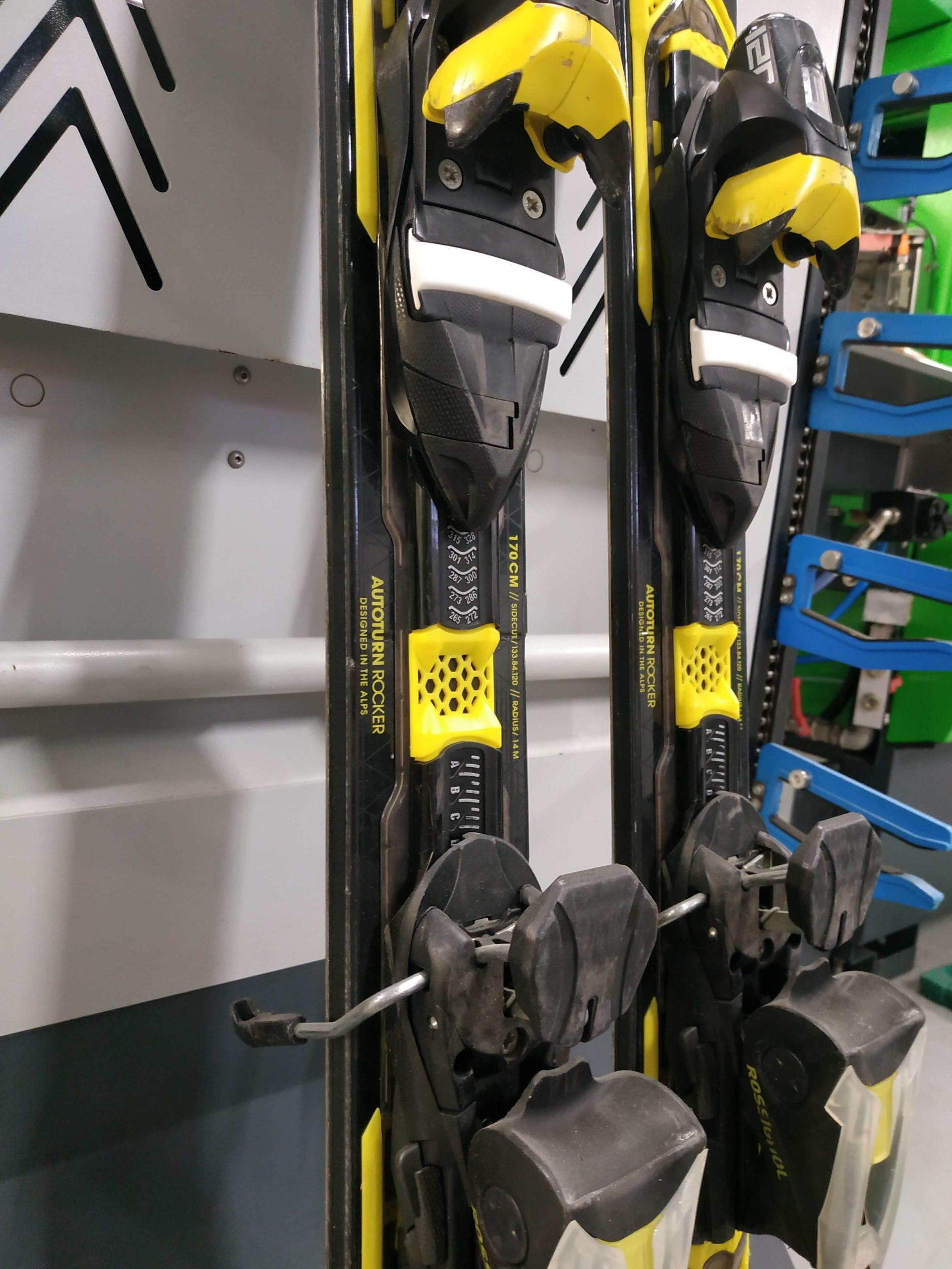 10. Rossignol Experience 84 Carbon 170 R14 (7)