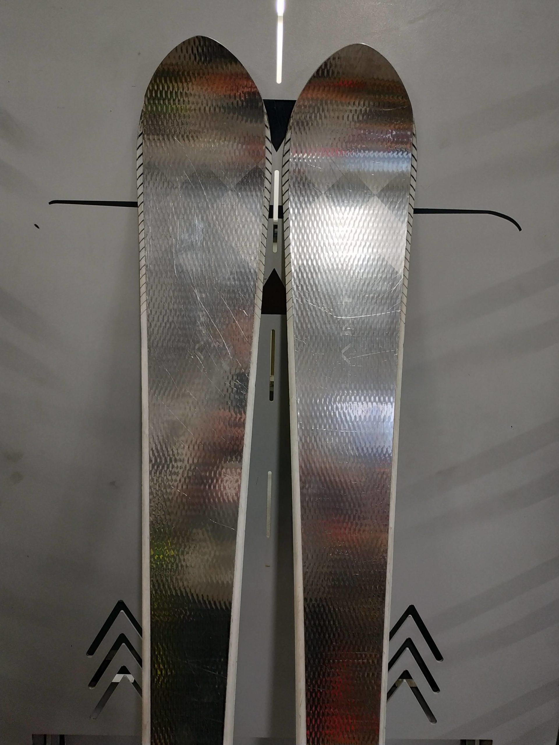 16. Volant Silver Spear 165 (3) R14
