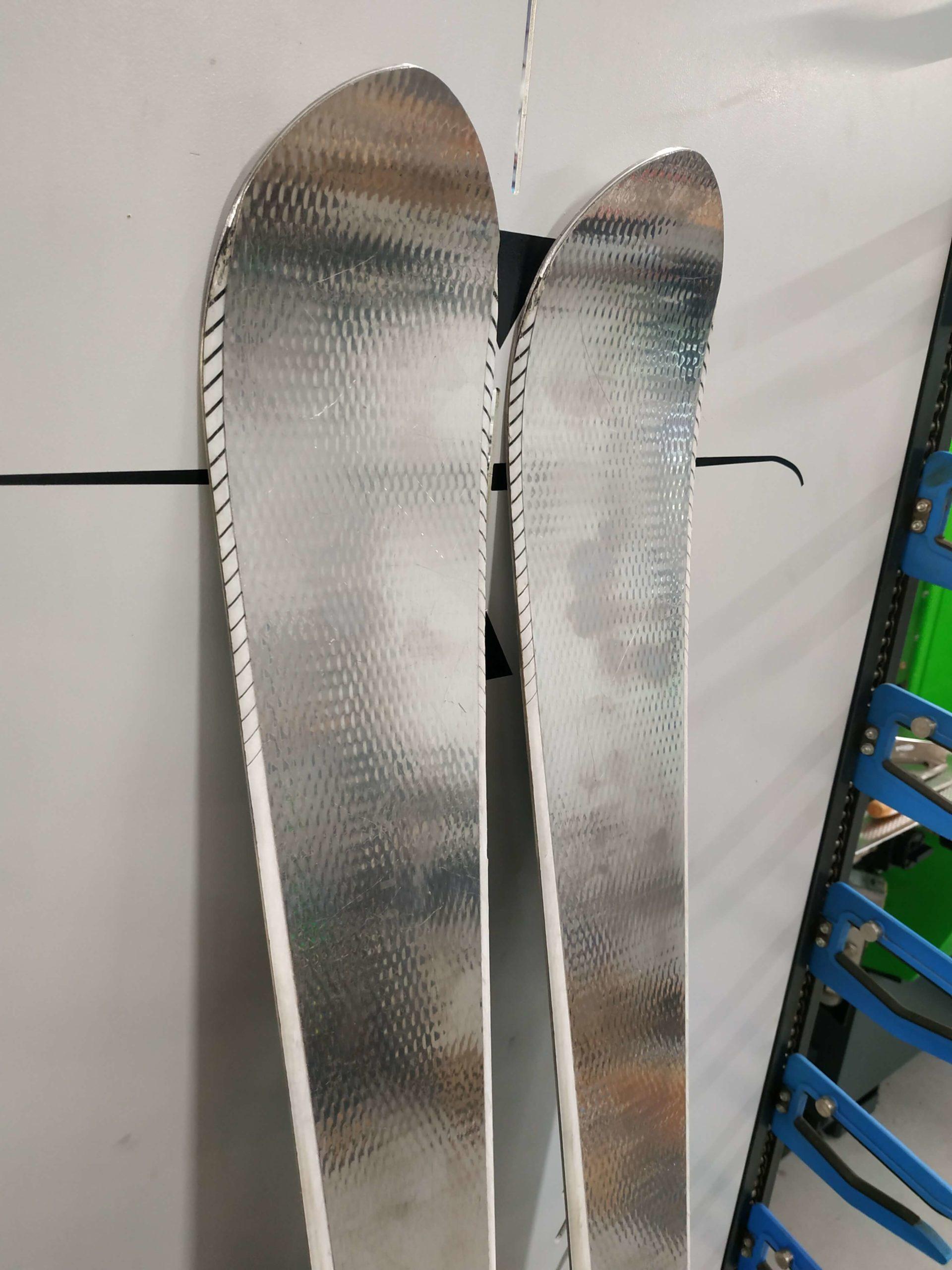 16. Volant Silver Spear 165 (9) R14
