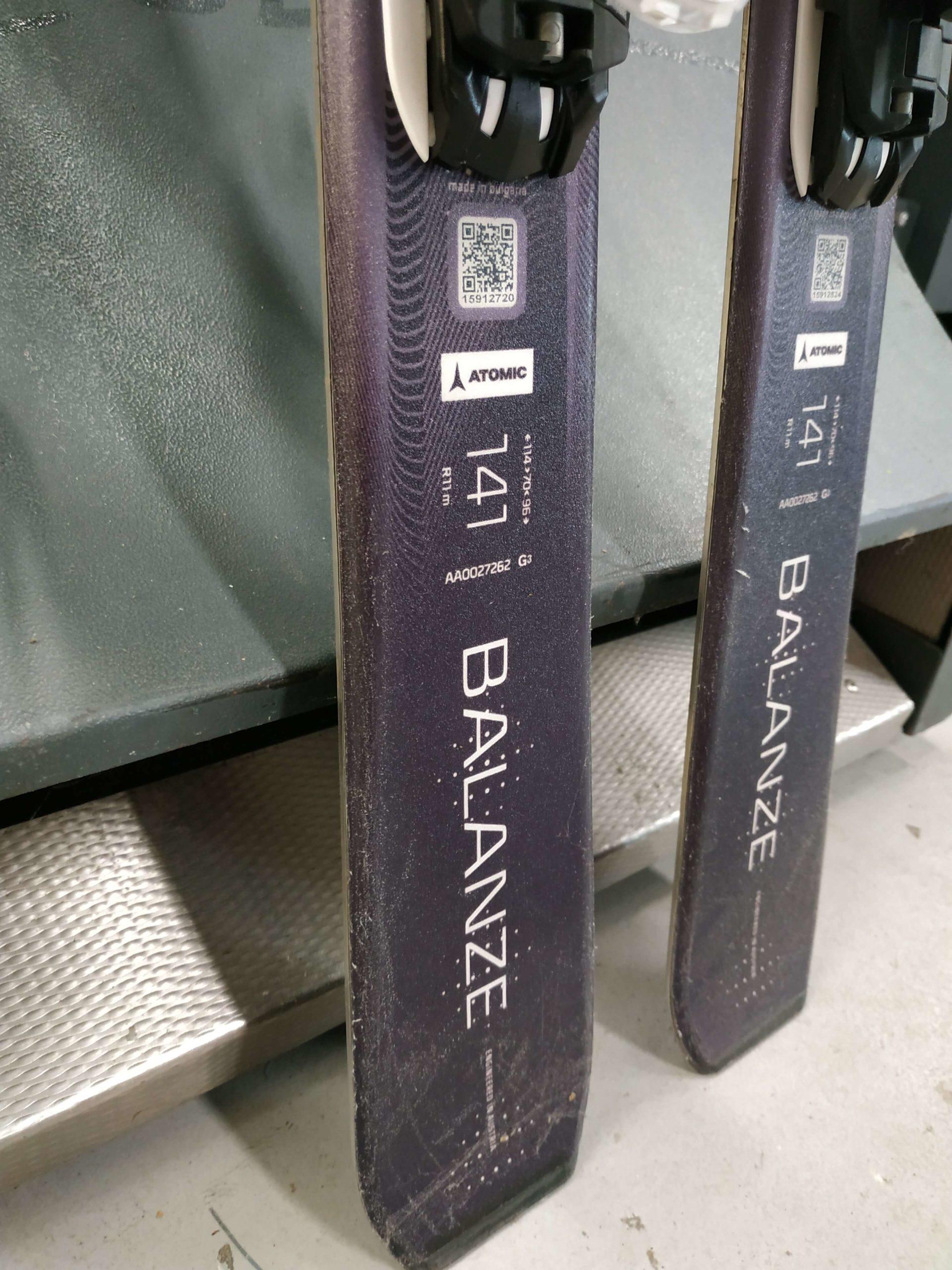 21. Atomic Balanze Bend X 141 R11 (5)