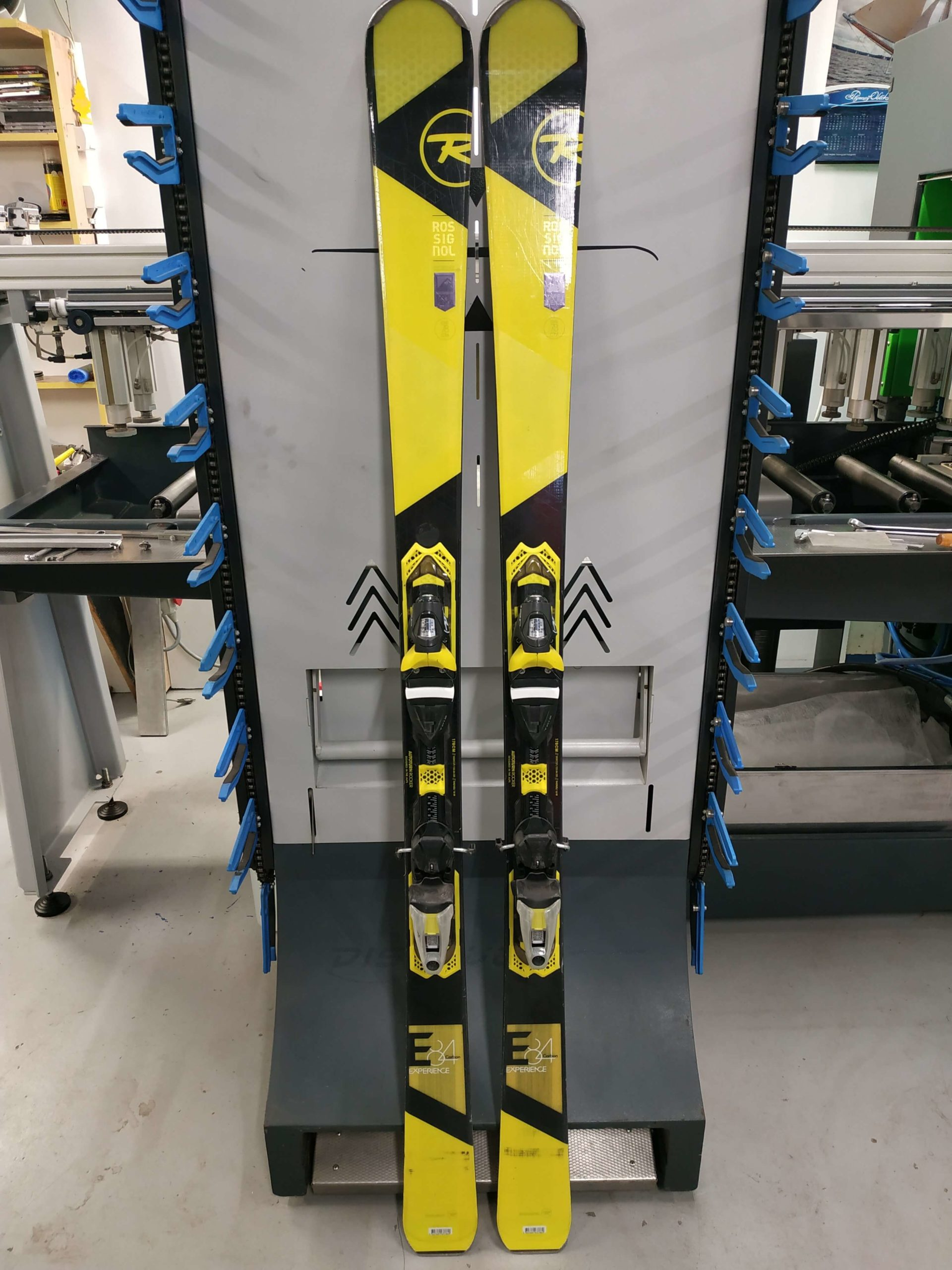 9. Rossignol Experience 84 Carbon 178 R16 (1)